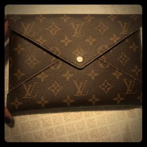 Authentic Louis Vuitton Pochette Kirigami